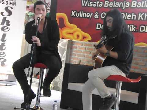 VIRZHA indonesia idol (COVER)  - SOMEBODY THAT I USED TO KNOW (Gotye) acoustic live
