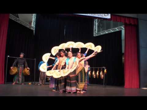 Kapagapi Apir - Dance of Mindanao - Filipinas Performing Arts of Washington