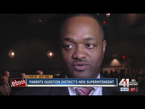 Parents question Lee's Summit's new superintendent