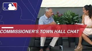 Commissioner Manfred holds Town Hall at ASG FanFest