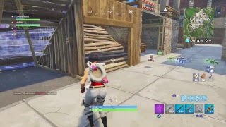 First gameplay with the Scarlet defender skin (Fortnite battle royale )