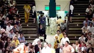 2009年5月10日(日)、H21年5月場所初日の安美錦VS魁皇戦です...