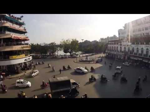 Crazy traffic in Hanoi (Dai Phun Nouc Square), Vietnam