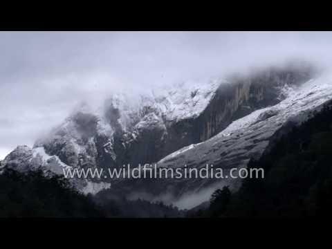 Tibetan Cho La Pass snowcapped mountains