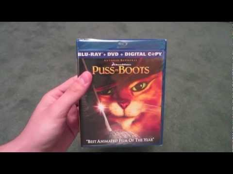 Puss In Boots Blu Ray Combo Pack Unboxing