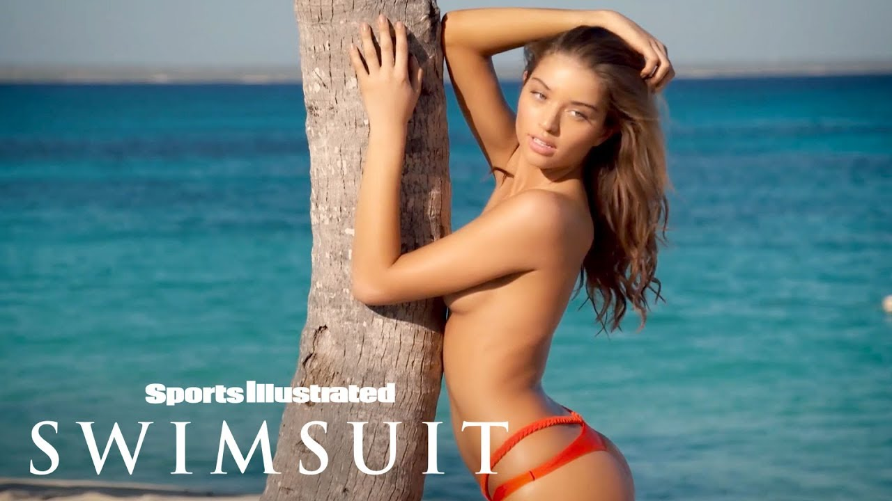 Columbian Beauty Daniela Lopez Gives You A Special Kiss