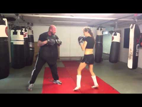 Bianca Nobilo's kickboxing​ training with Mick Quinn Sports Therapy