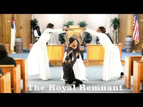 Praise Dance - Be Grateful - Walter Hawkins - The Royal Remnant