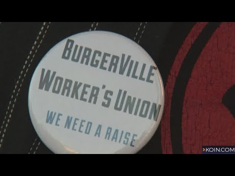 A fast food first: SE Portland Burgerville unionizes