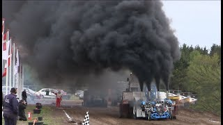 The Most Smoking Tractor Puller in The World | SLÆDEHUNDEN | Danish Tractor Pulling