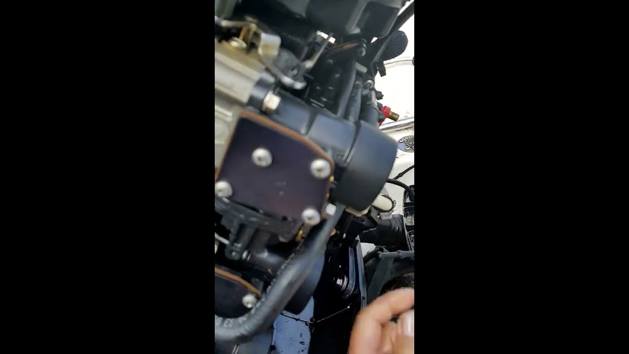 how to locate and clean fuel filter on outboard motors [ 1280 x 720 Pixel ]