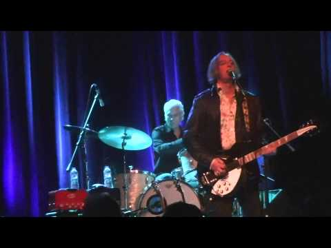 Peter Buck-So Long Johnny live in Milwaukee, WI 2-20-14