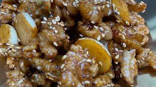 (호두 마늘 볶음) 짭쪼름하고 고소한 밑반찬 / 수미네반찬 호두조림 / stir-fried walnuts &…