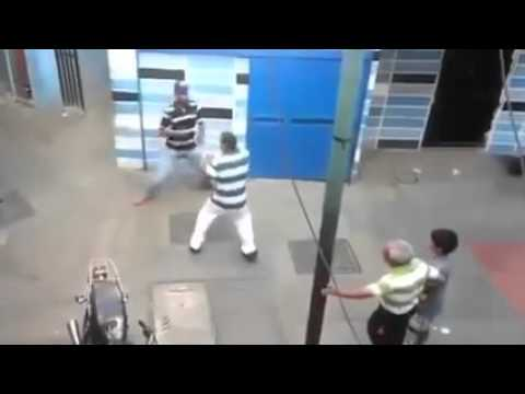 SHOCK VIDEO Brazilian Man Gets Into A Street Fight