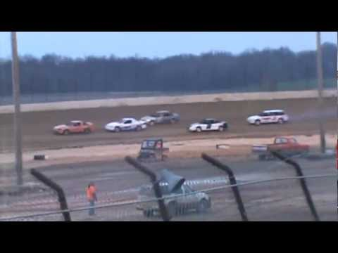 Hornet Heat 1 (part3) at Clay County Speedway 3-30-13
