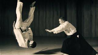 Приемы айкидо. Все возрасты покорны.(Приемы айкидо. Все возрасты покорны. Айкидо - это боевое искусство, которое позволяет побеждать, используя..., 2015-01-14T13:29:01.000Z)