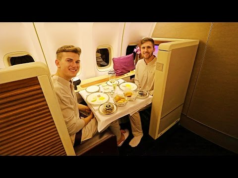 Thai Airways FIRST CLASS Review | Boeing 747-400 | Bangkok to Sydney