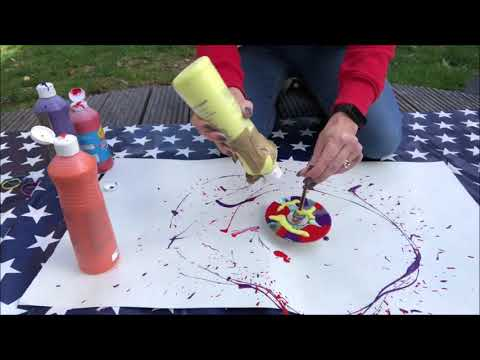 Today's 2-minute challenge is how to create a spinning top paint machine. 😊