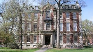 Smith College Student Wants 'Exclusive' Straight Girl Sorority