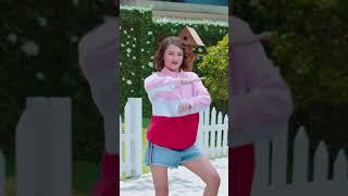 Clowy Estrop - Gery Saluut 2019 01 Malkist Chocolate Tabur Kelapa Promo Dance Clowy Estrop Ver 90x