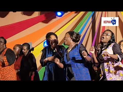 La Famille Les Voix de l'amour en concert
