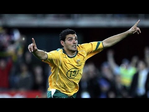 John Aloisi Winning Penalty v Uruguay (Sydney 2005)