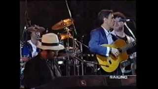 Caetano Veloso con Lucio Dalla - Você é linda, Napoli 1995