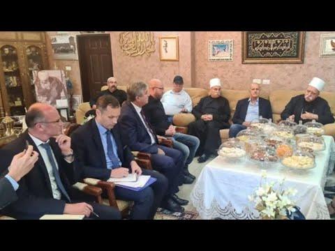 اجتماع رئيس الطائفة الدرزية مع السفير الروسي في إسرائيل.. هل سيحمي دروز سوريا؟ | هنا سوريا