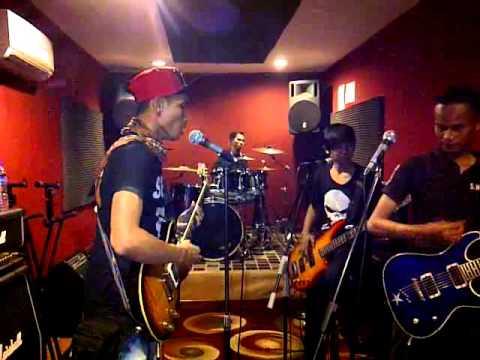 Brantaz Band' Masih Ada Cover