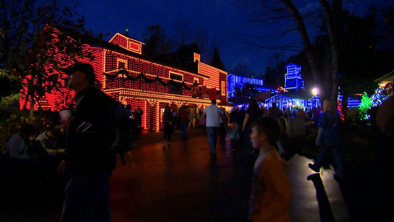 Dollywood Christmas Lights - YouTube
