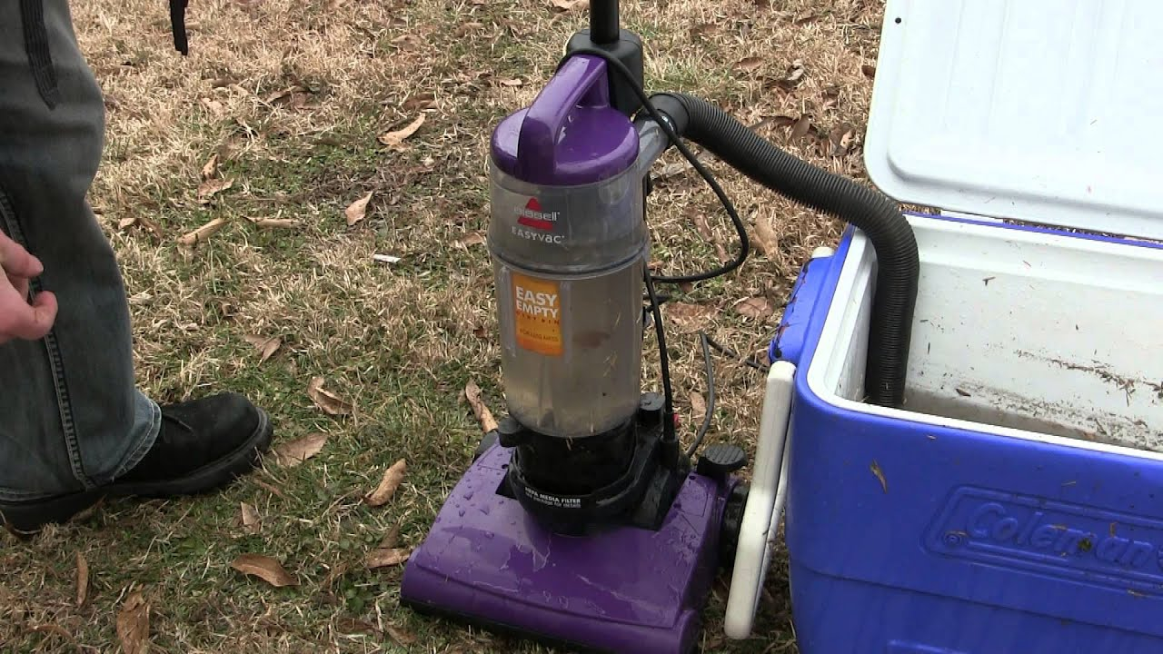 vacuum cleaner sucks up water youtube - Vacuum Cleaners With Water