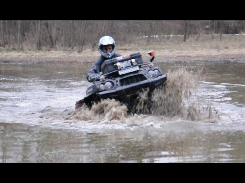 Kawasaki Brute Force 750 vs Yamaha Grizzly 700 mud water ride atv