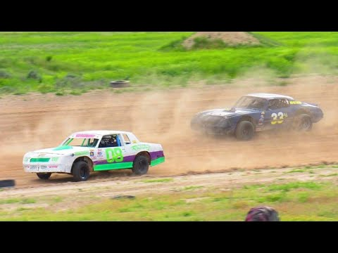 Wild Bill's Raceway Pure Stock Heat Race 6/7/19