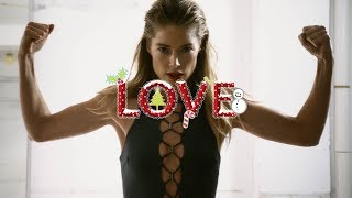 DAY 9: Doutzen Kroes by Phil Poynter #LOVEADVENT2017