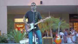 Соло на гитаре, живой концерт в Ла Зения Булевард - Ориуэла коста