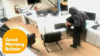 Man Watches His Office Being Burgled As Police Fail To Respond | Good Morning Britain