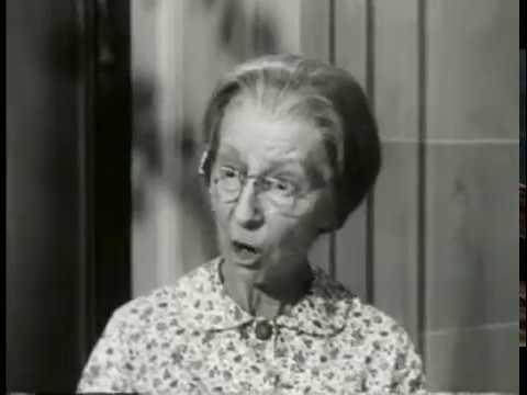 The Beverly Hillbillies - Season 1, Episode 31 (1963) - The Clampetts Entertain - Paul Henning