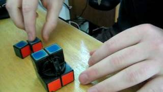 How to assemble a Rubik's 2x2 Pocket Cube