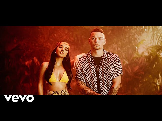 Lost in the Middle of Nowhere (feat. Becky G) (Spanish Remix) (Official Music Video)