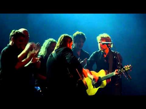 Tom McRae - What A Way To Win A War -- Live At AB Brussel 02-10-2015