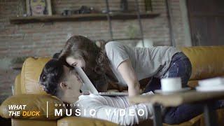 เป้ อารักษ์ แอนด์ เดอะปีศาจแบนด์  (Pae arak and the pisat band)  - แพ้ (Lose) [Official Music Video]
