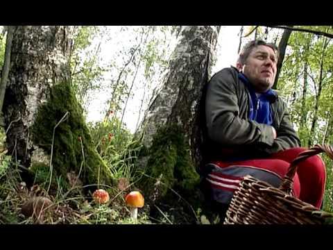 Худую бабку в лесу фото 580-186