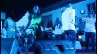 Amakye Dede sings Sika ne Barima on the Amakye Dede and Daddy Lumba Aseda Tour