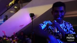Download Video N.G.P - Mace Papua live performance in borobudur sentani MP3 3GP MP4