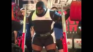 Ray Williams with a world record squat of 1052 pounds