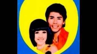 Download lagu Titiek Sandhora & Muchsin - Cinta Tak Bertepi