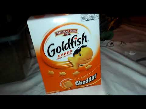 Pepperidge Farm Goldfish Baked Snack Crackers Cheddar!