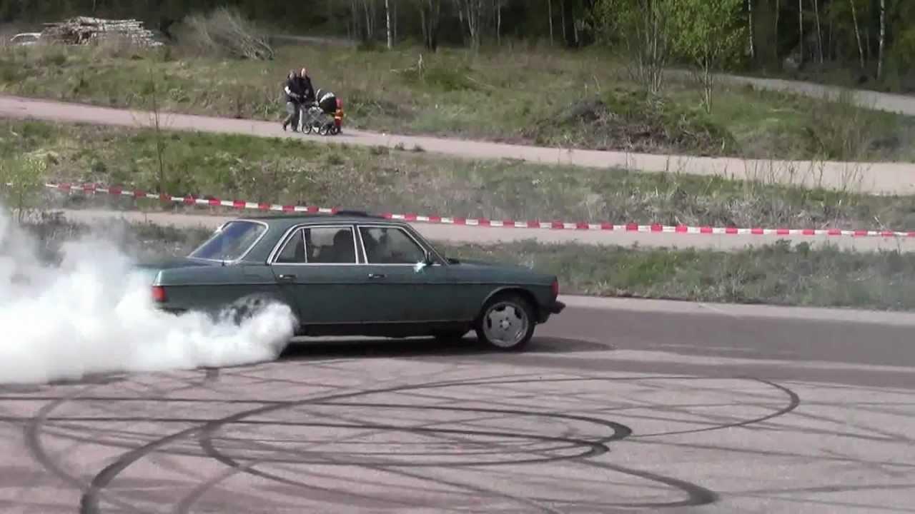 Blue Mercedes Turbo Diesel W123 Burnout Hedemora Sweden ...
