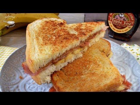 Sandwich Elvis de bacon, plátano y crema o mantequilla de cacahuete. Receta fácil y deliciosa