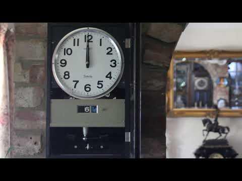 Vintage Japanese 'Seiko' Quartz Wall Clock with Calendar
